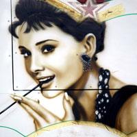 airbrush aerograf graffiti audrey hepburn portrait portret