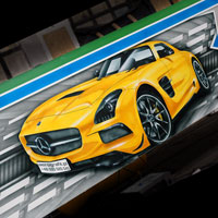 airbrush aerograf custom painting autodrom carousel topgear car race mercedes yellow clk cls