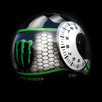 airbrush custompainting motorcycle helmet Monster karting Schuberth E1