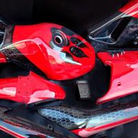 airbrush aerograf na motocyklu suzuki gs five stars