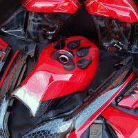 airbrush aerograf na motocyklu suzuki gs slingshot