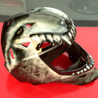 aerograf airbrush kask wilk helmet wolf